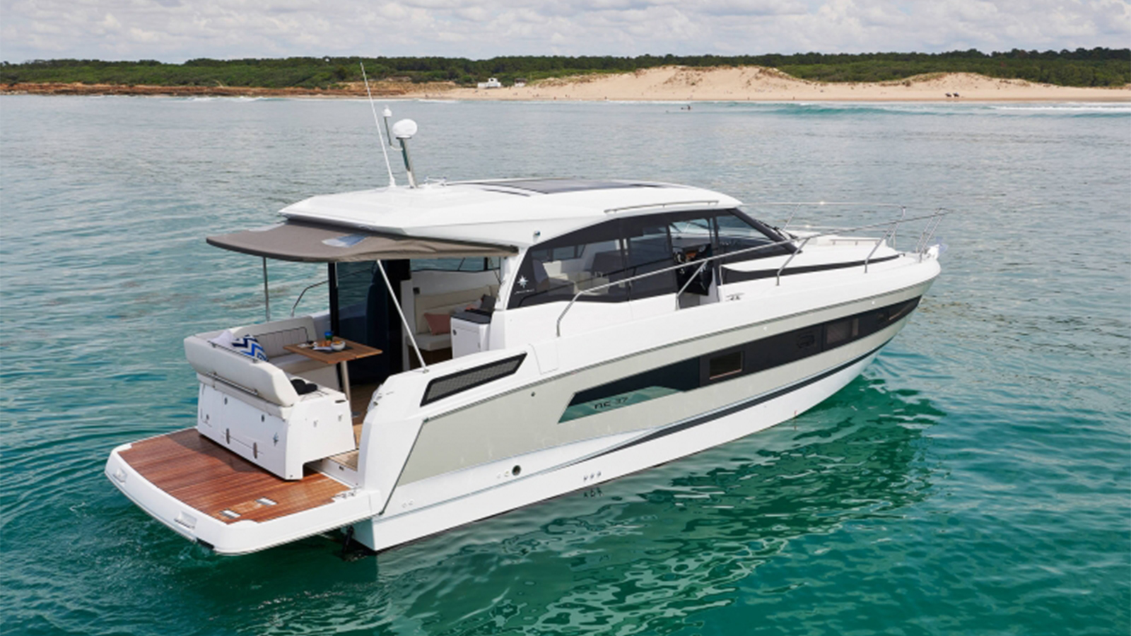 Odyssey Marine|ジャノー(Jeanneau)総代理店 新艇 中古艇 セイル ...